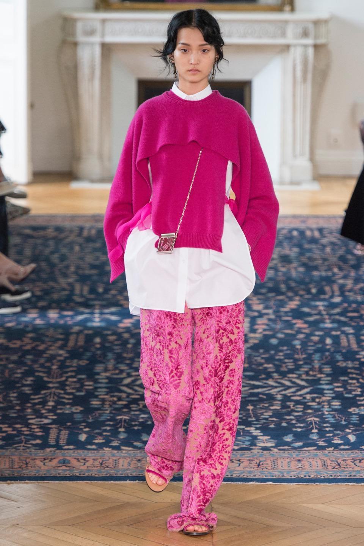 Valentino Spring 2017 Fashion Show