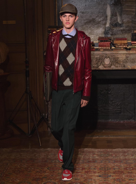 Valentino Menswear Fall 2017 Fashion Show