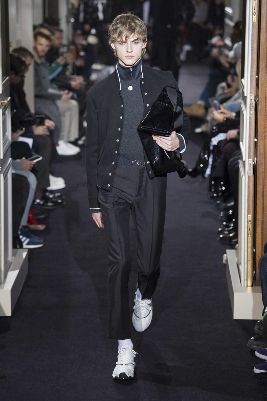 Valentino Menswear Fall 2018 Fashion Show